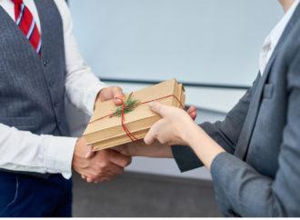 Vielfältige Geschenke für Mitarbeiter